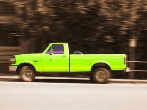 Truck auf Straße (nachbearbeitet)